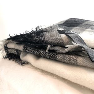 Zara black and white plaid scarf